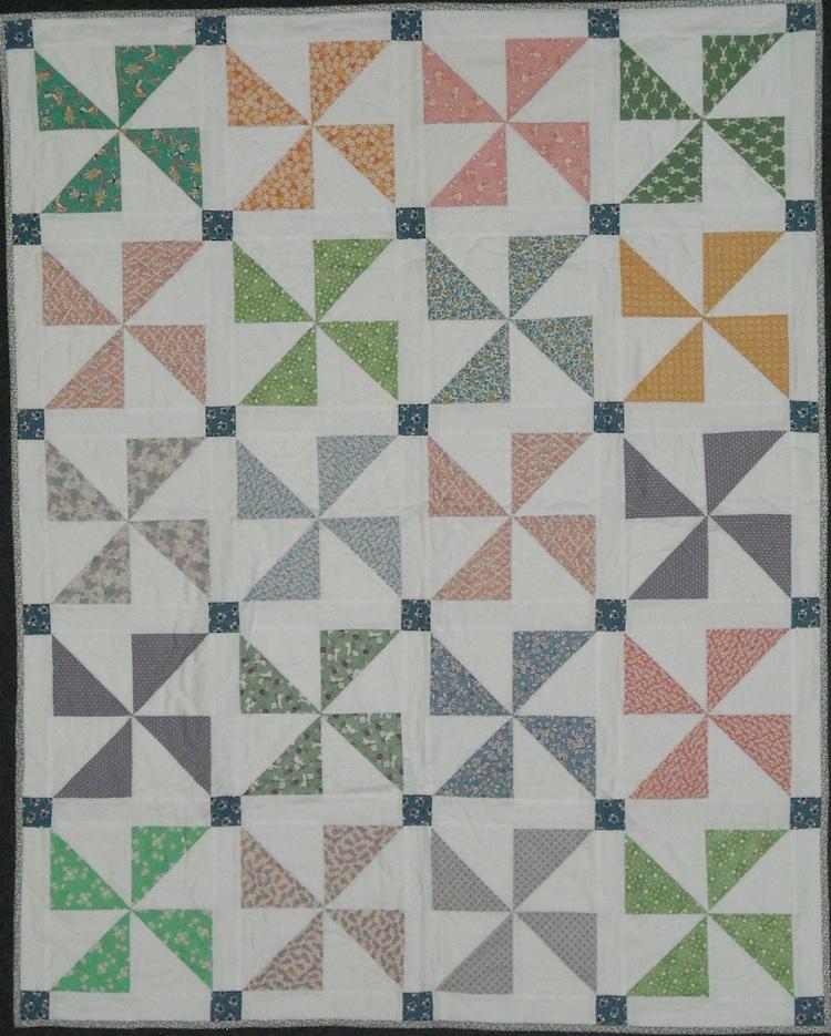 Free Quilt Block Patterns Pinwheel : Pinwheel Baby Quilt Free Pattern images